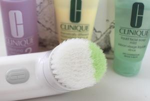 Clinique Gesichtsreinigungsbürste