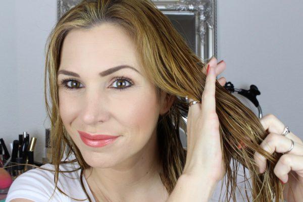 Keratin Complex – Infusion im Haar verteilen