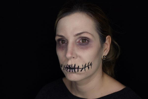 finish-halloween-make-up