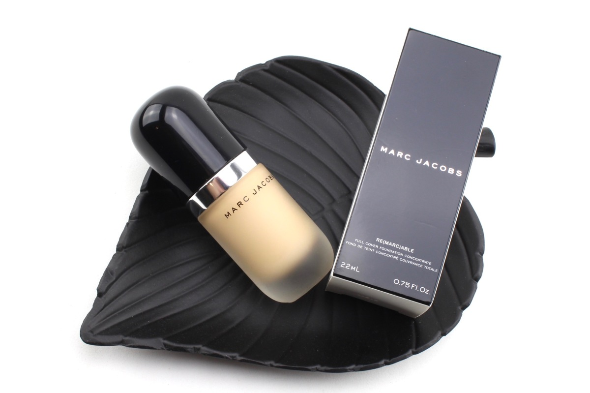 Mega Hype: Marc Jacobs Re(marc)able Full Cover Foundation